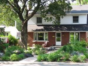 Front_Yard_Living (1)